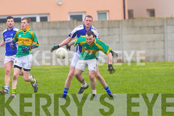 Knocknagoshel's Dan Roche gets away from Kerins O'Rahillys Liam Kissane in the division 5 game in Tralee on Saturday.