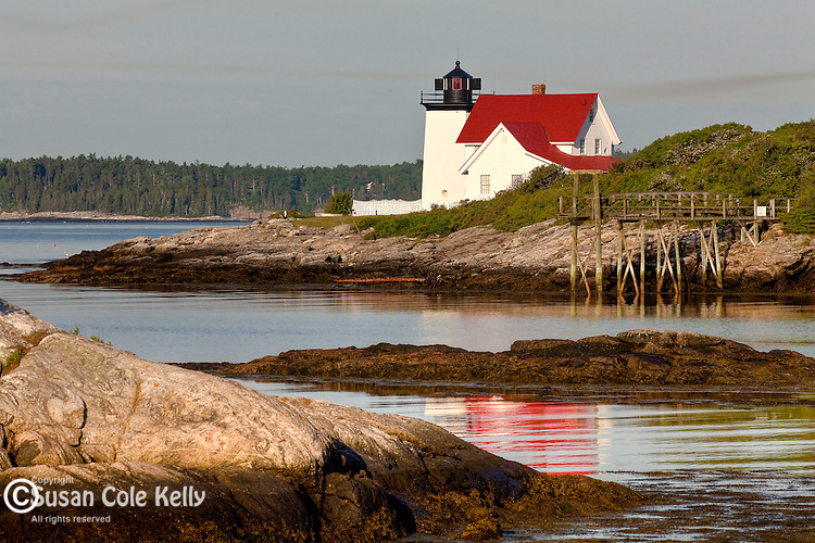 Hendricks Head Light in Southport, ME, USA