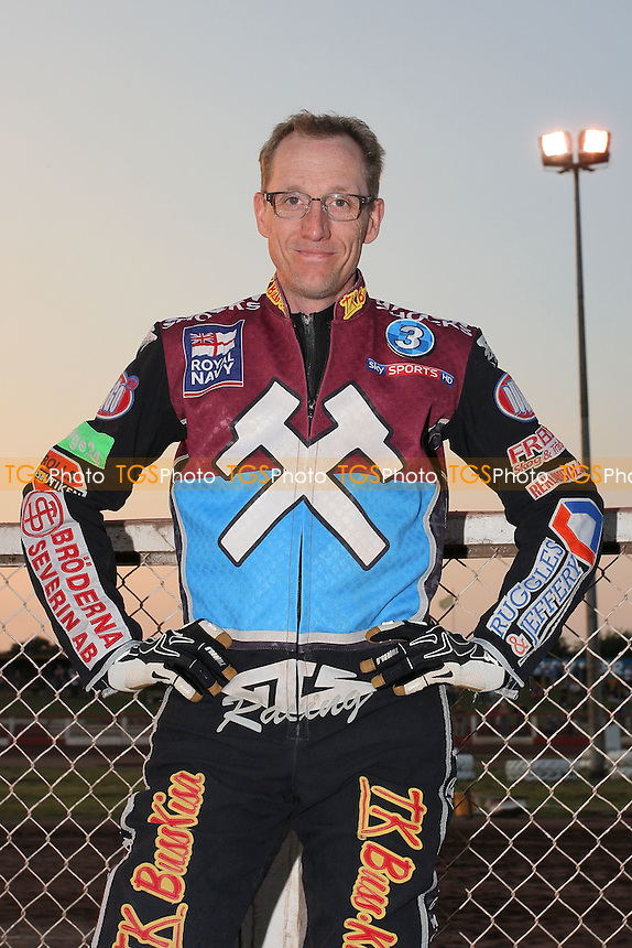 Peter Karlsson of Lakeside - Lakeside Hammers vs Birmingham Brummies - Sky Sports Elite League Speedway at Arena Essex Raceway, Purfleet - 10/08/12 - MANDATORY CREDIT: Gavin Ellis/TGSPHOTO - Self billing applies where appropriate - 0845 094 6026 - contact@tgsphoto.co.uk - NO UNPAID USE.