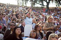 Occidental College's Commencement at the Remsen Bird Hillside Theater, Sunday, May 18, 2014.<br /> (Photo by César Martinez '17, Freelance)
