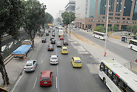 RIO DE JANEIRO, RJ, 07.05.2014 - TRANSITO RIO DE JANEIRO - Transito intenso na Avenida Presidente Vargas na regiao central do Rio de Janeiro, nesta quarta-feira, 07. (Foto: Marcus Victorio / Brazil Photo Press).