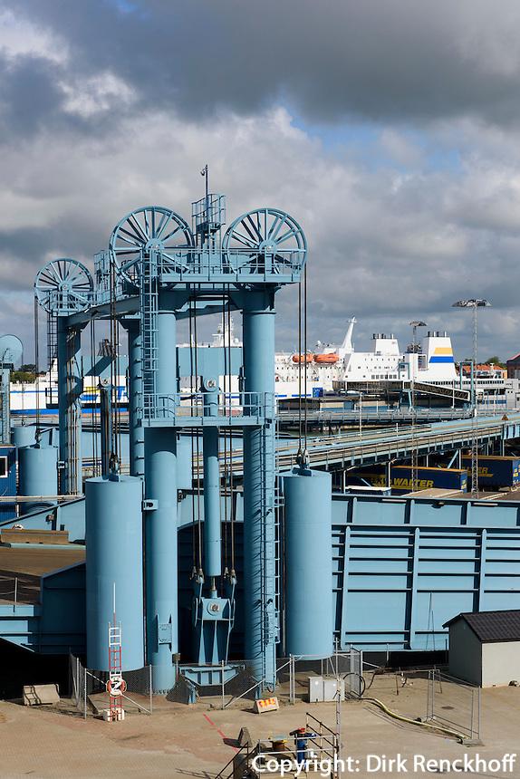 F&auml;hrhafen von Trelleborg, Provinz Sk&aring;ne (Schonen), Schweden, Europa<br /> Ferryport  in Trelleborg, Sweden