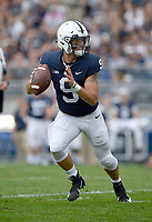 STATE COLLEGE, PA - SEPTEMBER 1: Penn State QB Trace McSorley (9) rolls out to pass. The Penn State Nittany Lions defeated the Appalachian State Mountaineers 45-38 in overtime on September 1, 2018 at Beaver Stadium in State College, PA. (Photo by Randy Litzinger/Icon Sportswire)