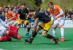 BLOEMENDAAL - Pepijn Rijenga (Den Bosch)   tijdens de hoofdklasse competitiewedstrijd hockey heren,  Bloemendaal-Den Bosch (2-1) COPYRIGHT KOEN SUYK