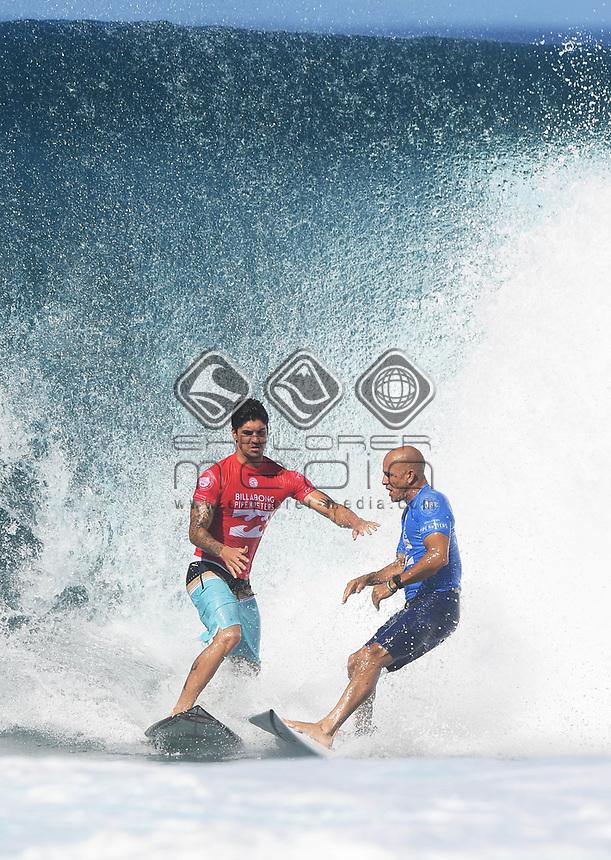 Brazil's Gabriel Medina and USA's Kelly Slater.<br /> 2017 Billabong Pipe Masters, Oahu, Hawaii, USA. World Surf League (WSL). Monday 18 December 2017. &copy; Copyright photo: Andrew Cornaga / www.photosport.nz