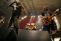 Sepultura, durante su concierto en expoforum.  16/10/2006<br /> Sepultura, during his concert in expoforum.<br /> (Photo: Luis Gutierrez / NortePhoto)