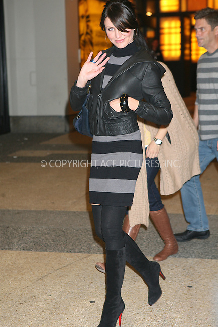 WWW.ACEPIXS.COM . . . . .  ....November 29 2006, New York City....Actress Cameron Diaz leaving MTV's TRL show in Times Square, New York City.......Please byline: Philip Vaughan - ACEPIXS.COM.... *** ***..Ace Pictures, Inc:  ..Philip Vaughan (212) 243-8787 or (646) 769 0430..e-mail: info@acepixs.com..web: http://www.acepixs.com