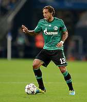 FUSSBALL   CHAMPIONS LEAGUE   SAISON 2013/2014   PLAY-OFF FC Schalke 04 - Paok Saloniki        21.08.2013 Jermaine Jones (FC Schalke 04) am Ball