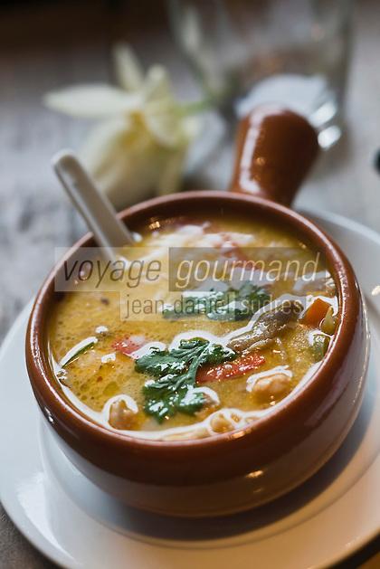 Europe/France/Bretagne/35/Ille et Vilaine/ Dinard: Restaurant: Le Resto Tha - Tom ka kaï , soupe de crevettes à la citronelle
