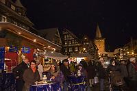 Europe/Allemagne/Bade-Würrtemberg/Forêt Noire/ Gengenbach: Marché de Noël, restaurant de rue