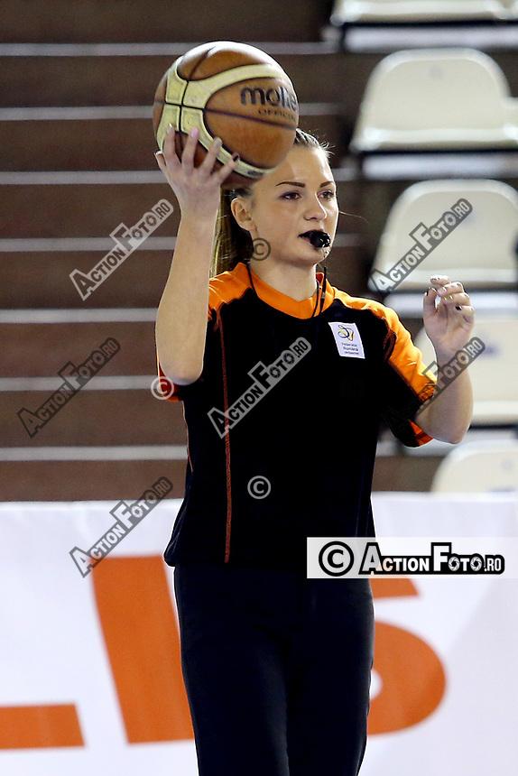 arbitru Alina Dekany