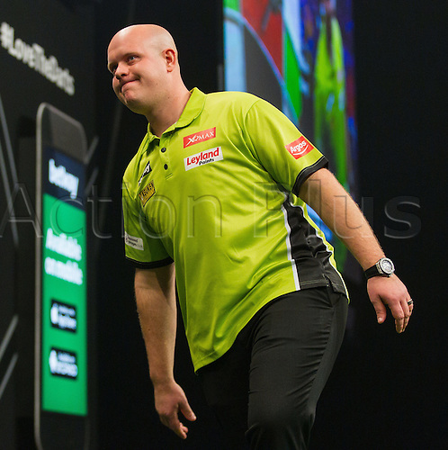 31.03.2016. The Motorpoint Arena, Cardiff.  Betway PDC Premier League Darts Judgement Night. Michael Van Gerwen shows his frustration after three bad darts
