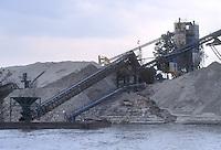 - Po river, gravel quarry....- fiume Po, cava di ghiaia
