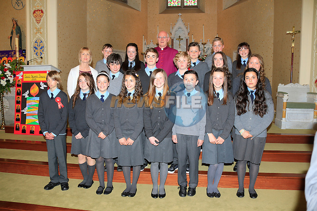 Cushinstown NS students with Monsignor Dermot Farrell at Confirmation in Duleek Church<br /> Picture: www.newsfile.ie
