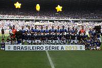 BELO HORIZONTE, MG, 01.12.2013 &ndash; CAMPEONATO BRASILEIRO 2013 &ndash; CRUZEIRO X BAHIA  Equipe do Cruzeiro partida contra o Bahia durante jogo valido<br /> 37 &ordf; rodada Campeonato Brasileiro 2013, no est&aacute;dio Miner&atilde;o, na tarde deste Domingo (01) (Foto: Marcos Fialho / Brazil Photo Press)