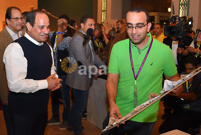 Egyptian President Abdel-Fattah al-Sisi attends handicrafts and heritage exhibition, in Sharm El Sheikh, Egypt, on November 7, 2017. Photo by Egyptian President Office