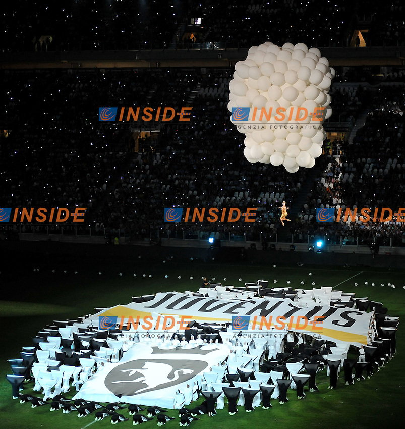 "Cerimonia di inaugurazinoe (Juventus).Torino 8/9/2011 Stadio ""Juventus stadium"".Football Calcio 2011/2012 Friendly match.Football Calcio Juventus Vs Notts County.Foto Insidefoto Alessandro Sabattini..."