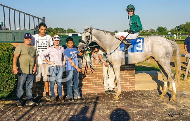 Lifes Reward winning at Delaware Park on 9/22/16