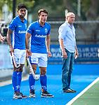 UTRECHT - Jasper Luijkx (Kampong) met links Terrance Pieters (Kampong)  tijdens de hoofdklasse competitiewedstrijd mannen, Kampong-Bloemendaal (2-2) . COPYRIGHT KOEN SUYK