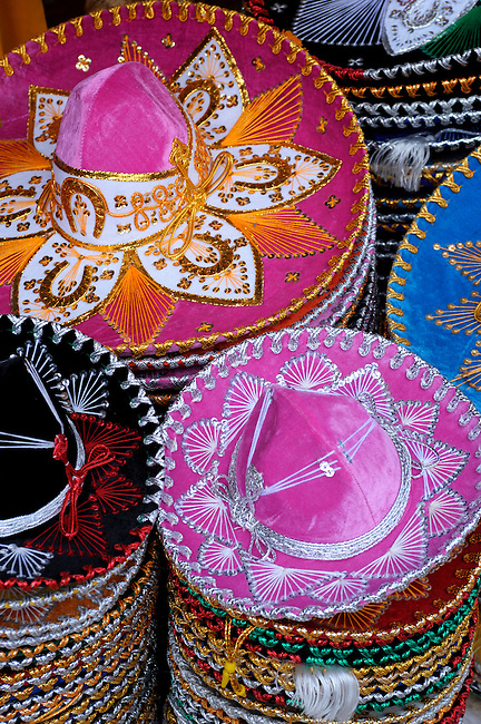 MEXICO, NEAR CANCUN, PLAYA DEL CARMEN, 5TH AVENUE, COLORFUL SOUVENIR SOMBREROS