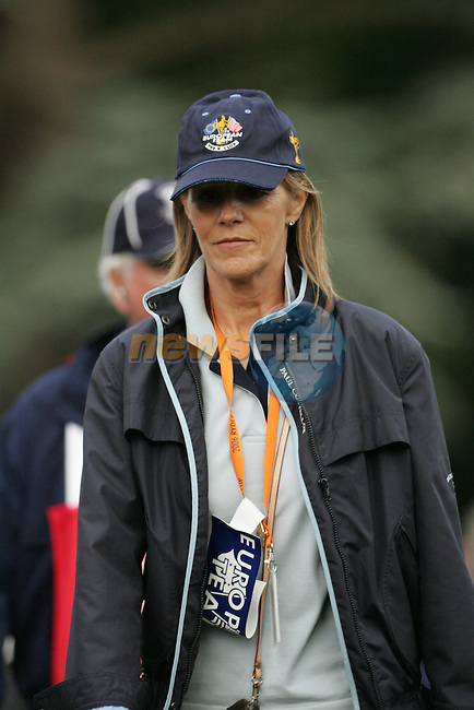 23rd September, 2006. European Ryder Cup Team vice-captain Des Smyth's wife Vicky on the 16th fairway during the afternoon foursomes session of the second day of the 2006 Ryder Cup at the K Club in Straffan, County Kildare in the Republic of Ireland..Photo: Fran Caffrey/ Newsfile.