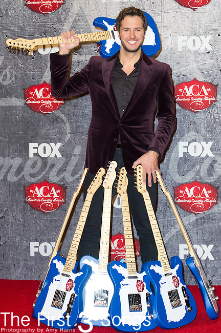 Luke Bryan with 7 ACA Awards in the press room at the American Country Awards 2012 at the Mandalay Bay Resort & Casion in Las Vegas, Nevada.