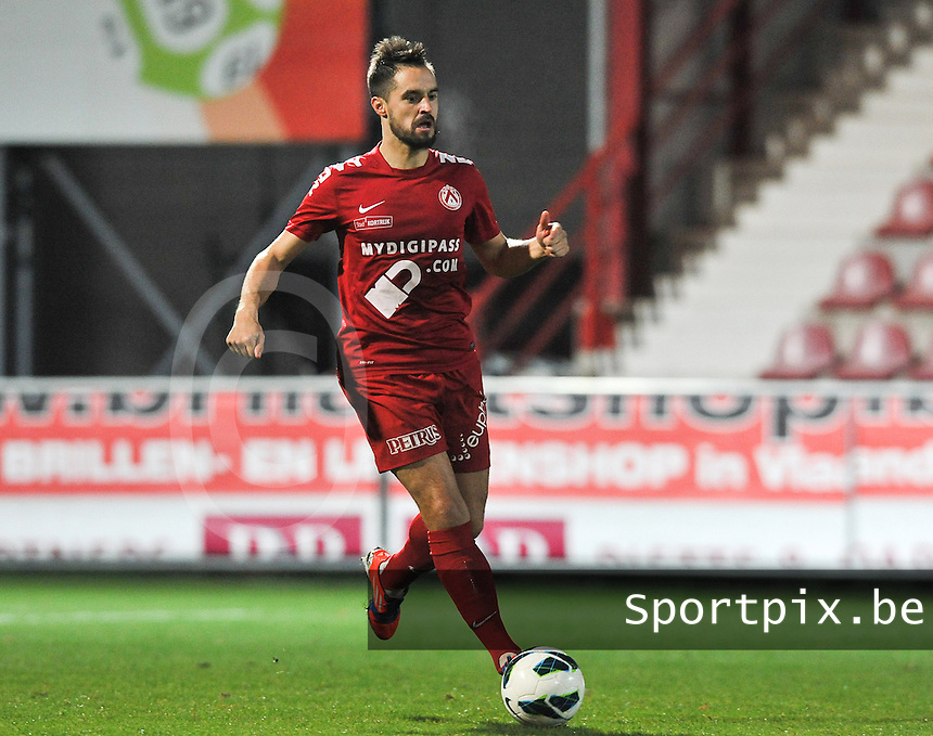 KV Kortrijk - RAEC Mons Bergen : Romain Reynaud.foto VDB / BART VANDENBROUCKE