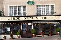 Restaurant Auberge Joseph Mellot. Sancerre village, Loire, France