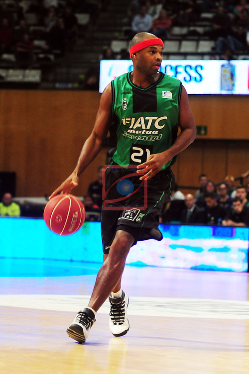 League ACB-Endesa 2014/2015 - Game: 06.<br /> FIATC Joventut vs Unicaja: 82-74.<br /> Tariq Kirksay.