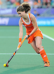 The Hague, Netherlands, June 12: Roos Drost #26 of The Netherlands dribbles the ball during the field hockey semi-final match (Women) between The Netherlands and Argentina on June 12, 2014 during the World Cup 2014 at Kyocera Stadium in The Hague, Netherlands. Final score 4-0 (3-0)  (Photo by Dirk Markgraf / www.265-images.com) *** Local caption ***