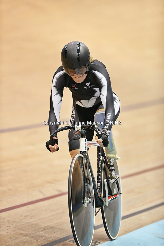 Kate Horan at the 2015 Southland Track Championships and UCI Para-cylcing C1 Track Open, Sit Zero Fees Velodrome, Invercargill, New Zealand, Friday, December 05, 2014. Credit:NINZ / Dianne Manson