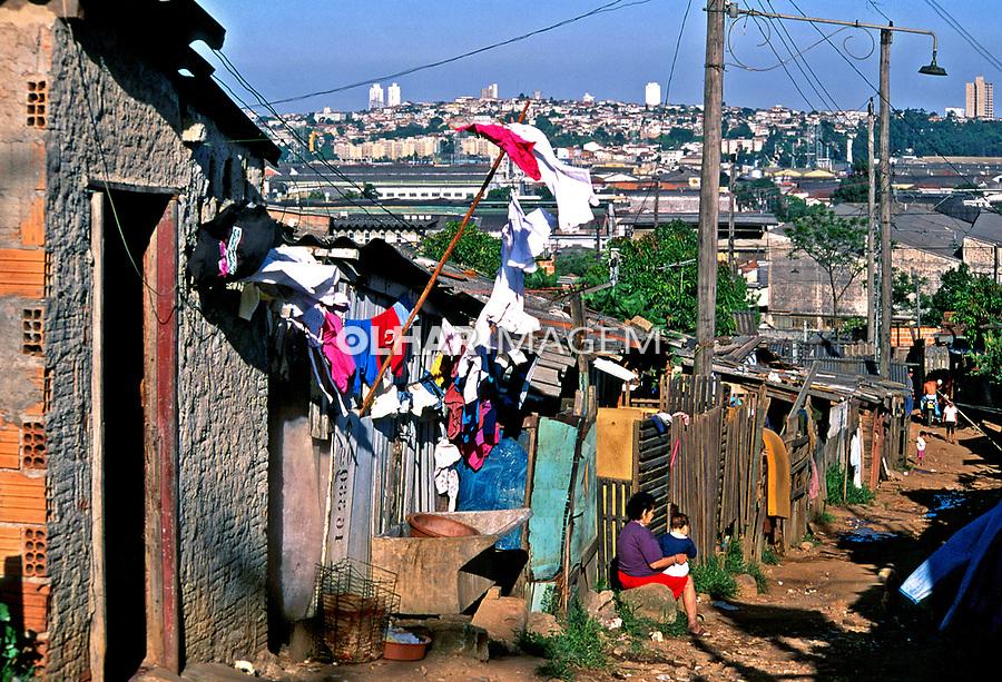Favela de Heliópolis, São Paulo. 1994. Foto de Juca Martins.