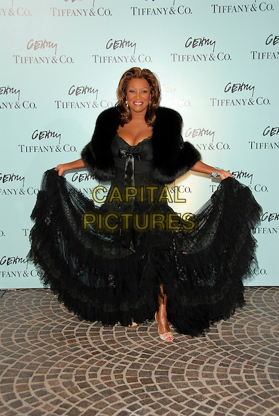 PATTI LaBELLE.Attends Tiffany & Co. celebration for the launch of Frank Gehry?s premier collection held at Tiffany & Co. on Rodeo in Beverly Hills, California, USA, March 26, 2006..full length black dress lace.Ref:DVS.www.capitalpictures.com.sales@capitalpictures.com.Supplied By Capital PIctures