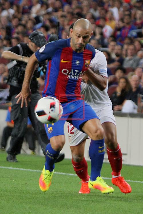League Santander 2016/2017.<br /> Supercopa de Espa&ntilde;a - Vuelta.<br /> FC Barcelona vs Sevilla FC: 3-0.<br /> Javier Mascherano vs Ben Yedder.