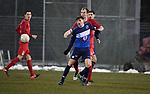 2018-03-03 / Voetbal / Seizoen 2017-2018 / FC Turnhout - Vosselaar / Niels van de Vel (Turnhout) met Jonas Nijs in de rug<br /> <br /> ,Foto: Mpics.be