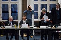 2016/01/18 Politik | Berlin | Runder Tisch zur Versorgung von Flüchtlingen