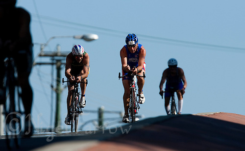 13 SEP 2009 - SOUTHPORT, AUS - Roger Brewer (GBR) - ITU World Age Group Sprint Championships (PHOTO (C) NIGEL FARROW)