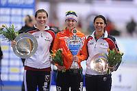 SCHAATSEN: ERFURT: Gunda Niemann Stirnemann Eishalle, 21-03-2015, ISU World Cup Final 2014/2015, Final Podium 1500m Ladies, Heather Richardson (USA), Marrit Leenstra (NED), Brittany Bowe (USA), ©foto Martin de Jong