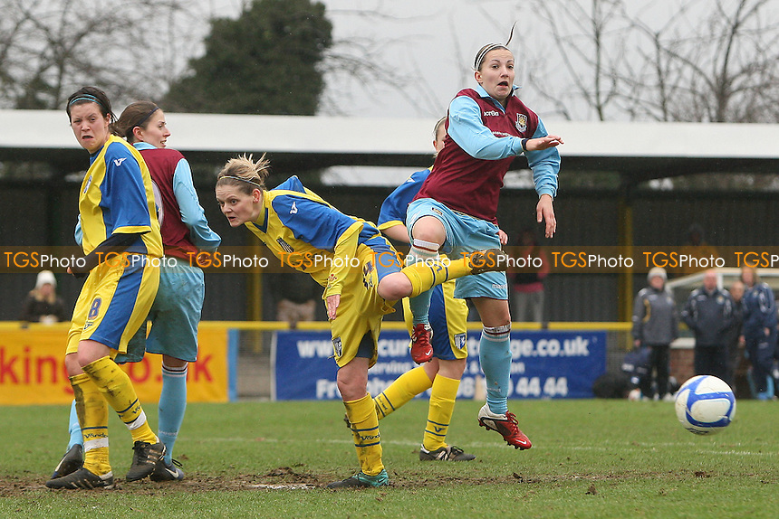 Jo Woodgates in action for West Ham - West Ham United Ladies vs Gillingham Ladies - FA Women's Premier League Southern Division Football at Ship Lane, Thurrock FC - 13/02/11 - MANDATORY CREDIT: Gavin Ellis/TGSPHOTO - Self billing applies where appropriate - Tel: 0845 094 6026