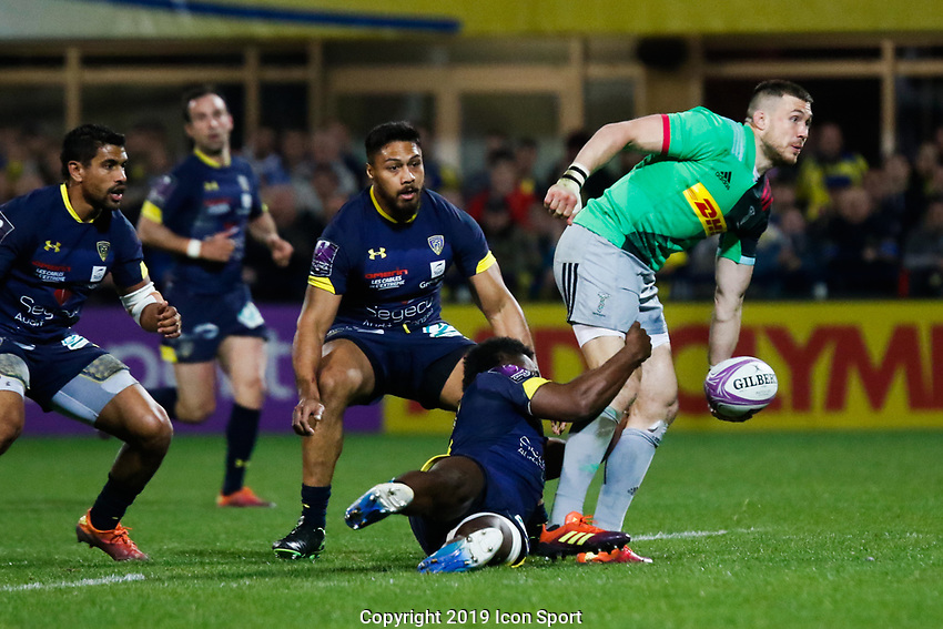 Mike Brown of Harlequins and Setariki Tuicuvu of Clermont during the Challenge Cup semi final match between ASM Clermont and Harlequins on April 20, 2019 in Clermont-Ferrand, France. (Photo by Romain Biard/Icon Sport)