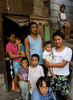 Jerry Villegas, 33,  who donated his kidney at St Luke's to a foreigner. He has 7 children and did it after his house burnt dow.  Men from the Basico port area slum of Manilasell their kidney's for between 70,000 -  90,000 pesos (800 - 1030 pounds).  More than 300 have sold their kidneys in this slum of 16,000 people.<br />