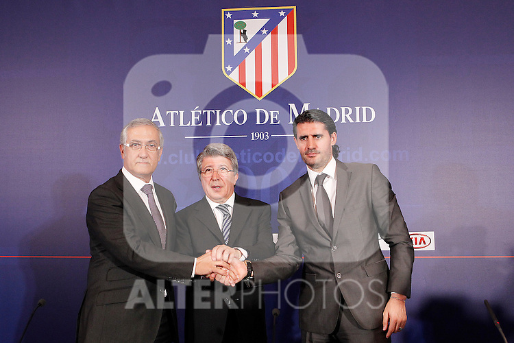 Atletico de Madrid's new coach Gregorio Manzano (l) during his official presentation with the President Enrique Cerezo (c) and the General Manager Jose Luis Perez Caminero. June 10, 2011. (ALTERPHOTOS/Acero)