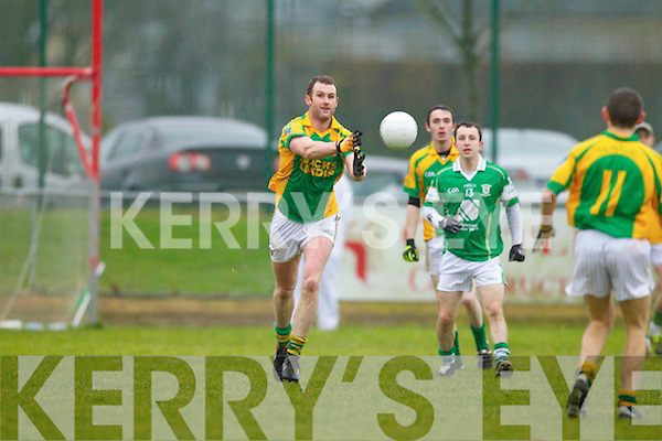Finuge in action against  Saint Vincents in the Intermediate Club Mumster Final at Mallow on Sunday.
