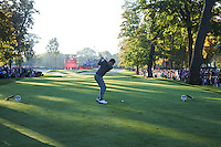 Rory McIlroy (Team Europe) on the 5th tee during the Saturday morning Foursomes at the Ryder Cup, Hazeltine national Golf Club, Chaska, Minnesota, USA.  01/10/2016<br /> Picture: Golffile | Fran Caffrey<br /> <br /> <br /> All photo usage must carry mandatory copyright credit (&copy; Golffile | Fran Caffrey)