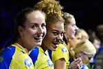 28.10.2018, TUI Arena, Hannover<br />Volleyball, Supercup, Siegerehrung<br /><br />Denise Hanke (#10 Schwerin), Kimberly Drewniok (#8 Schwerin)<br /><br />  Foto © nordphoto / Kurth