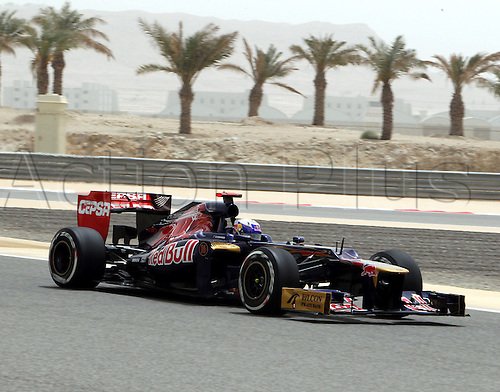 20.04.2012. Manama, Bahraiin.  formula 1 GP, Bahrain in Manama/Shakir 20.04.12, Daniel Ricciardo, Scuderia Toro Rosso, ..Photo:mspb/ Lukas Gorys