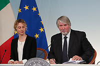 Marianna Madia, minister of the Public Administration and Giuliano Poletti, minister of Labour<br /> Roma 21/11/2017. Palazzo Chigi. Conferenza stampa al termine dell'incontro Governo - Sindacati<br /> Rome November 21st 2017. Press conference at the end of the meeting between Government and Trade Unions<br /> Foto Samantha Zucchi Insidefoto