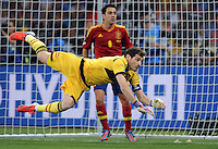 01.07.2012 KIJOW KIEV.PILKA NOZNA KADRA REPREZENTACJA.MISTRZOSTWA EUROPY W PILCE NOZNEJ EURO2012 POLSKA I UKRAINA.FOOTBALL EUROPEAN CHAMPIONSHIPS UEFA EURO 2012 POLAND AND UKRAINE.FINAL (FINAL GAME).HISZPANIA - WLOCHY (SPAIN VS. ITALY).N/Z IKER CASILLAS .FOT LUKASZ LASKOWSKI / PRESSFOCUS NEWSPIXPL
