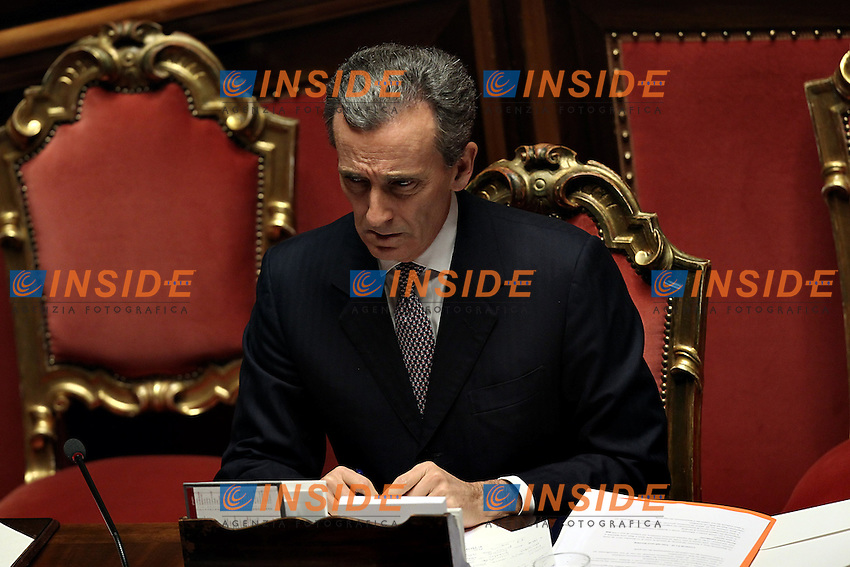 Vittorio Grilli..Roma 18/10/2012 Senato della Repubblica. Question time con il Ministro Economia e Finanze..Photo Matteo Ciambelli / Insidefoto