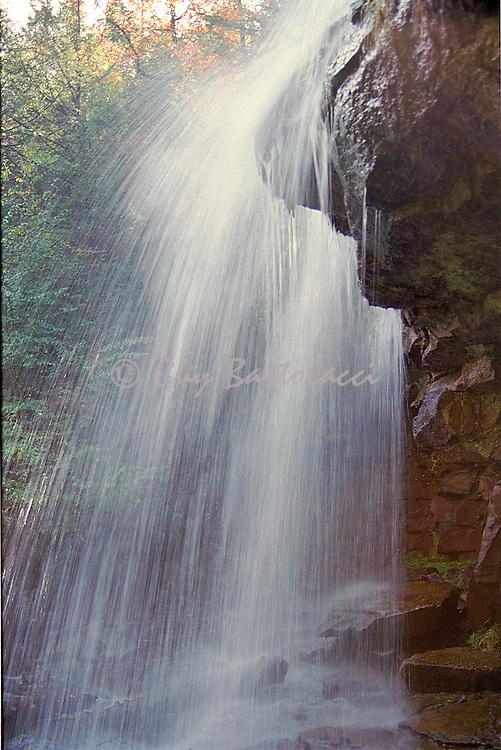 Glenenoka Falls